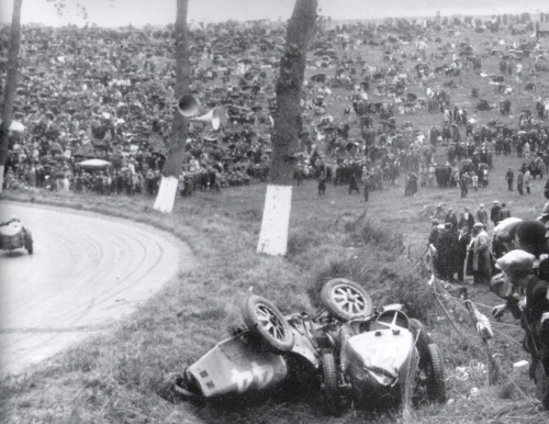 Crash Bugattis0001.jpg