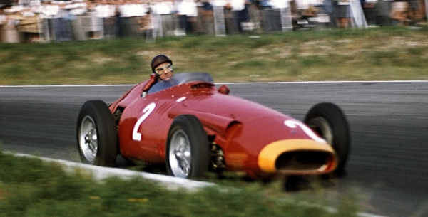 fangio_color-1680x720 - Copie.jpg