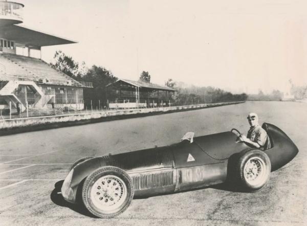 Alfa-Romeo-Tipo-160-Monoposto-04.jpg