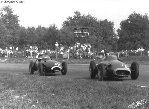 Fangio Moss_57_ital début de course.jpg