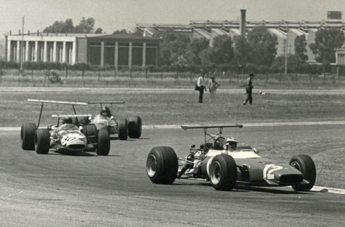 Brambilla-Rindt-de-Adamich-Temporada-Argentina-1969.jpg