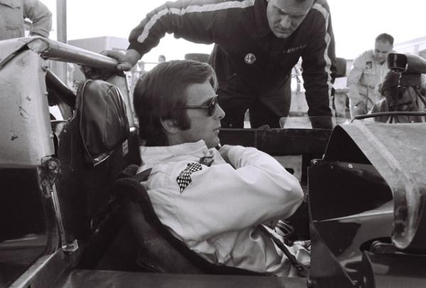 Peter-Revson-1972-1.jpg