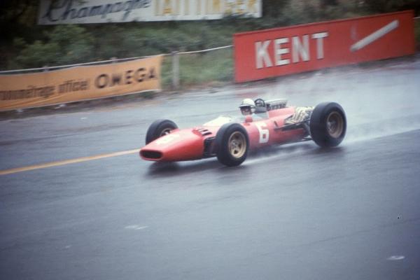 John Surtees Ferrari 1966 Spa.jpg
