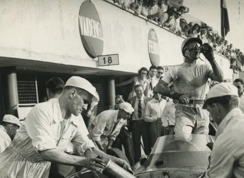 gpitalia_moss ravitaillement-1957.jpg
